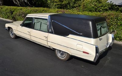 1971 Cadillac 'crown' Superior Sovereign Landulet Hearse Beautiful Original Low Miles