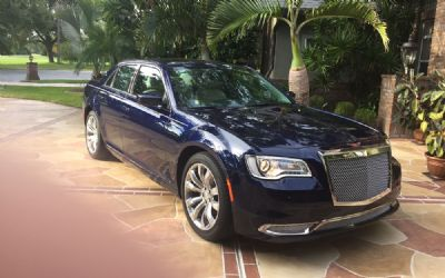 2017 Chrysler 300 Limited/Bentley Mulsanne Styling
